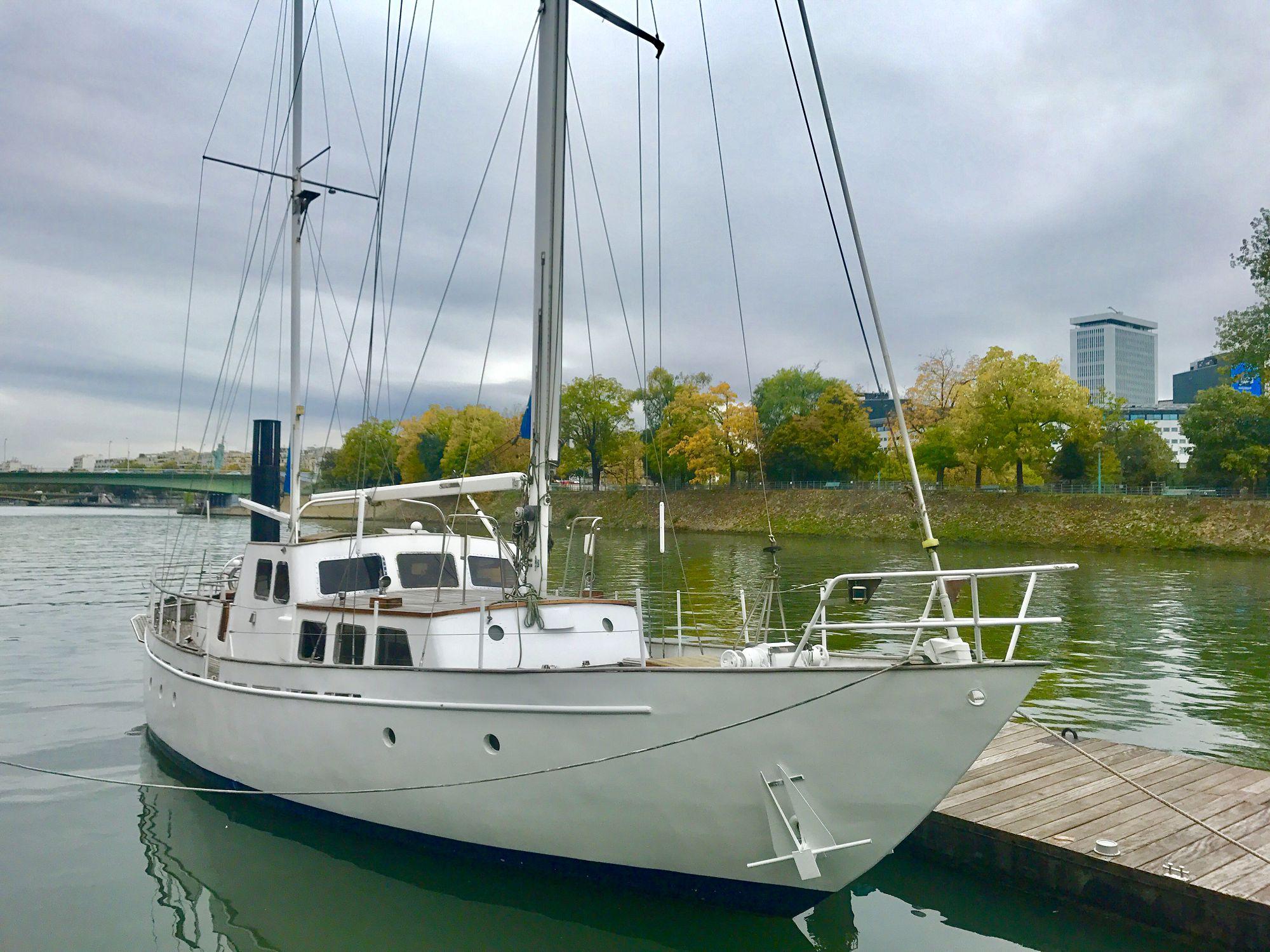Le voilier Cymar Paris Yacht Marina
